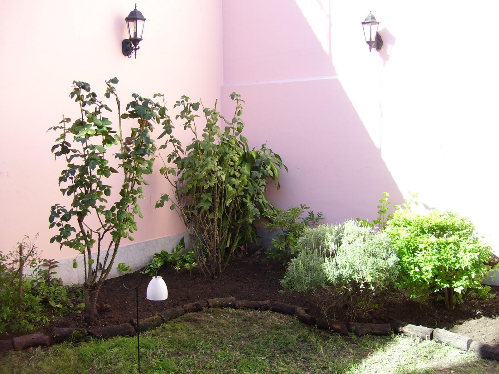 Jardineria y paisajismo en gerenal for Canteros de jardin