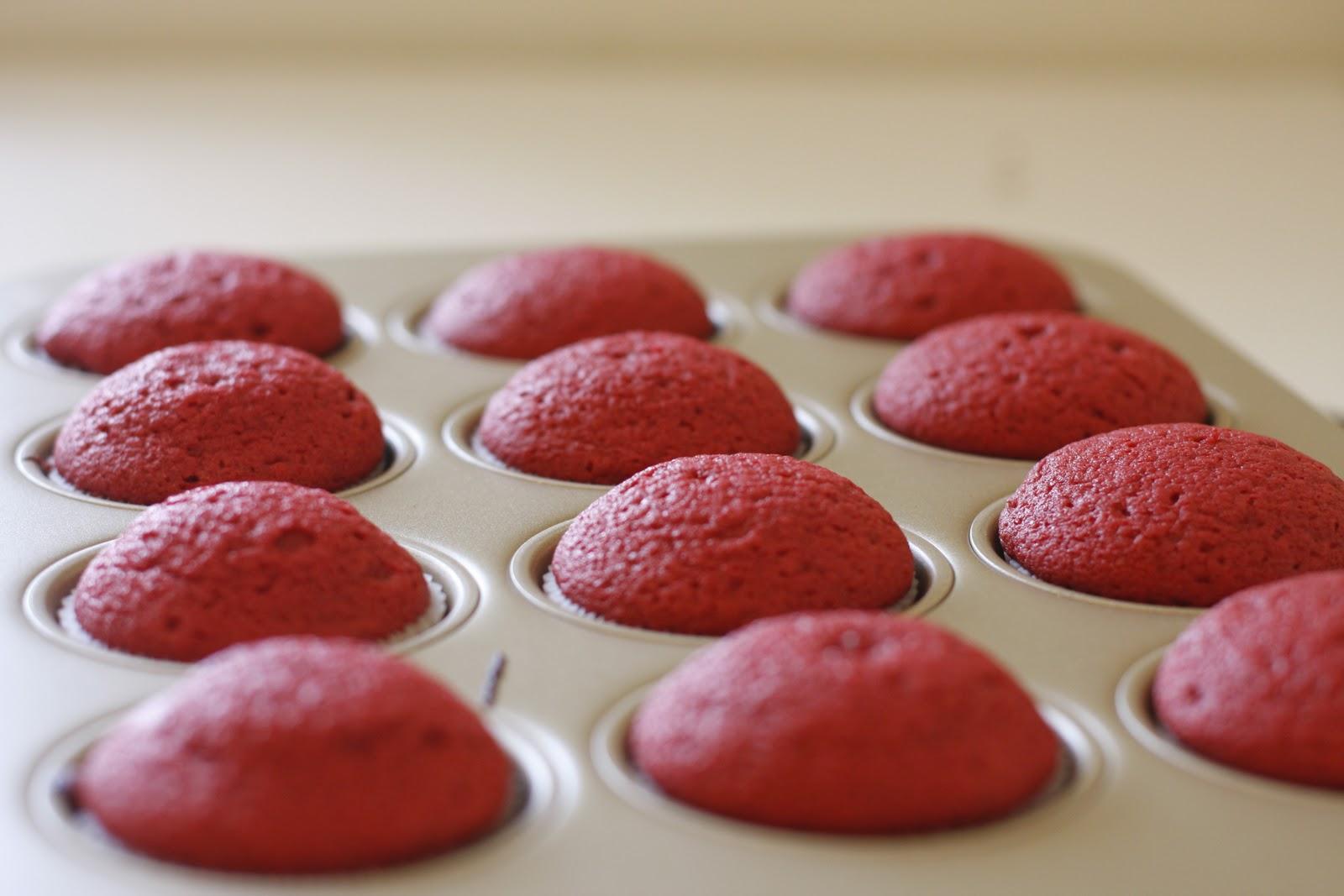 Designer Bakery: Red Velvet Cupcakes