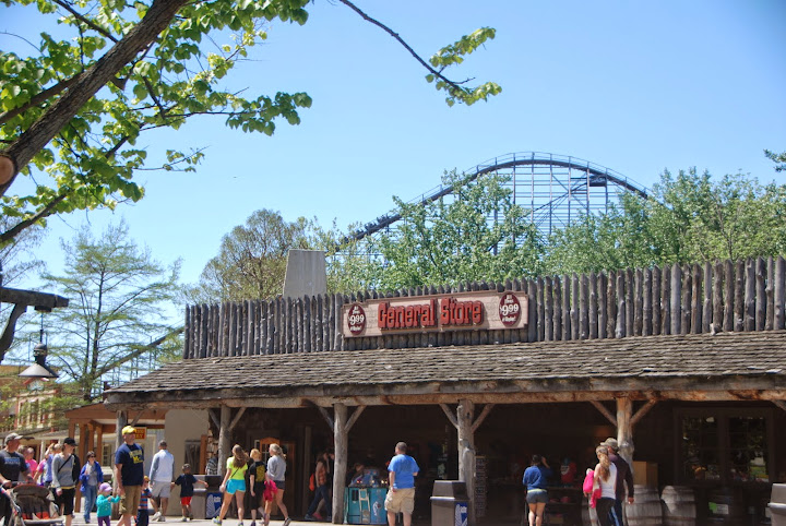 Shopping at Cedar Point. From The Complete Guide to Visiting Cedar Point