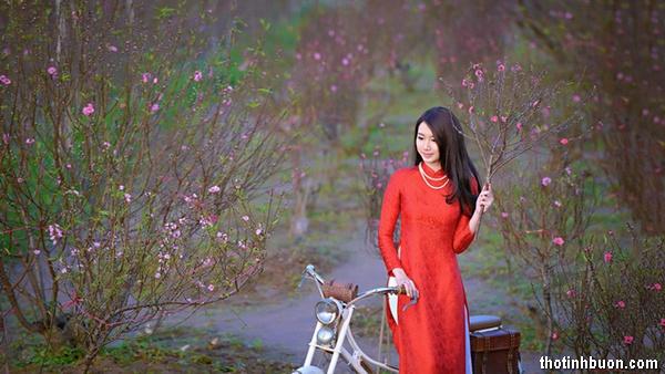thơ mùa xuân cô đơn