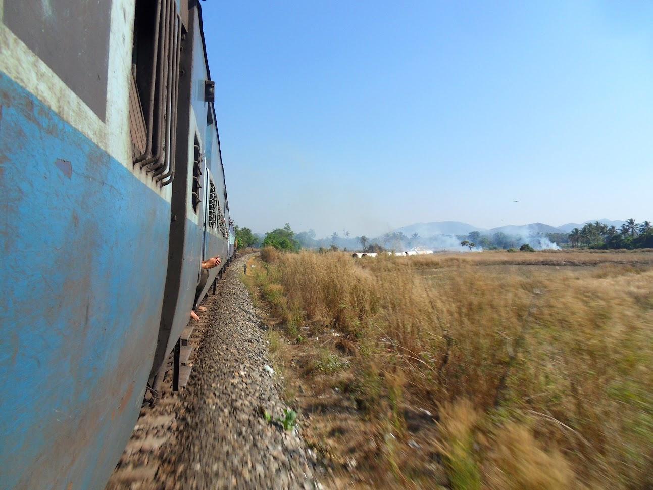 Подготовка к путешествию, Индия