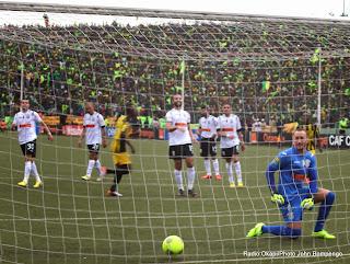 But de L'As Vita Club de la RDC contre l'Entente sportive de Sétif d'Algérie le 26/10/2014 au stade Tata Raphaël à Kinshasa, dans le cadre de la ligue des champions 2014 de la CAF. Radio Okapi/Ph. John Bompengo