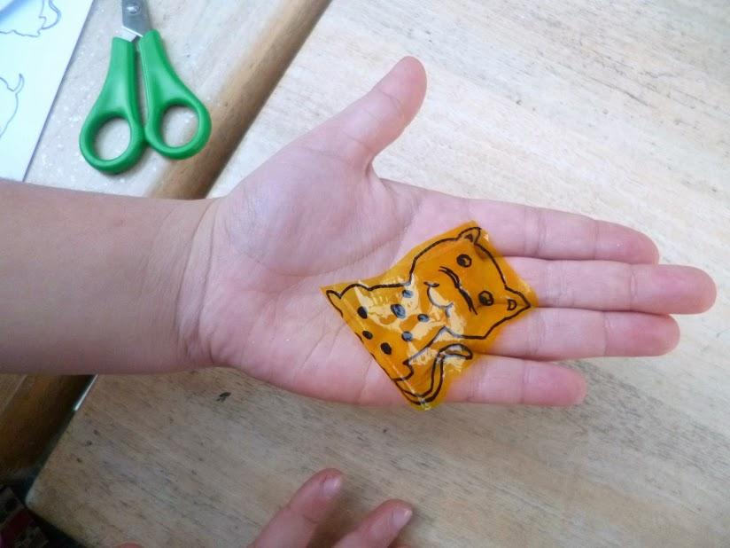 como hacer una mascota mágica 01