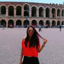Claudia Mendez Photo 28