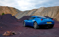 Lotus Evora S and Evora IPS blue