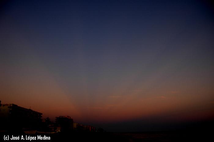 Fotografiando rayos anticrepusculares