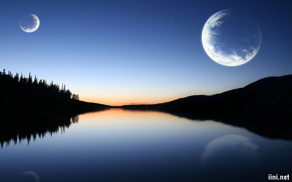 ánh trăng bên sông