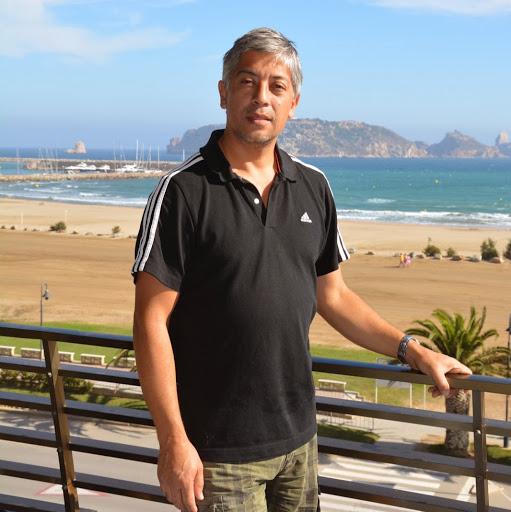 Pablo Burgos Photo 25