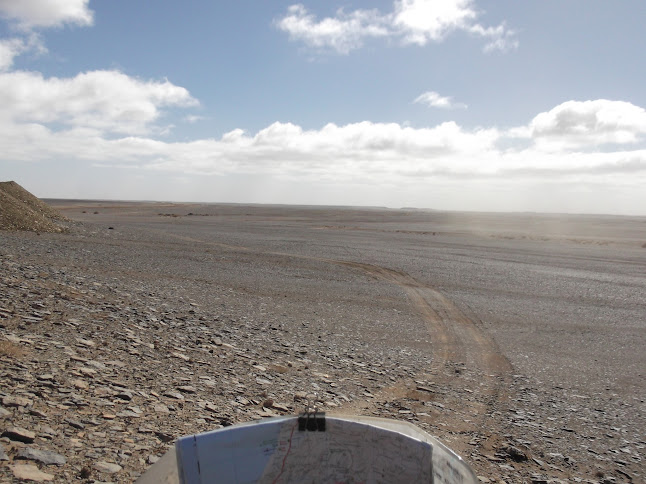 Marrocos e Mauritãnia a Queimar Pneu e Gasolina - Página 9 DSCF1091