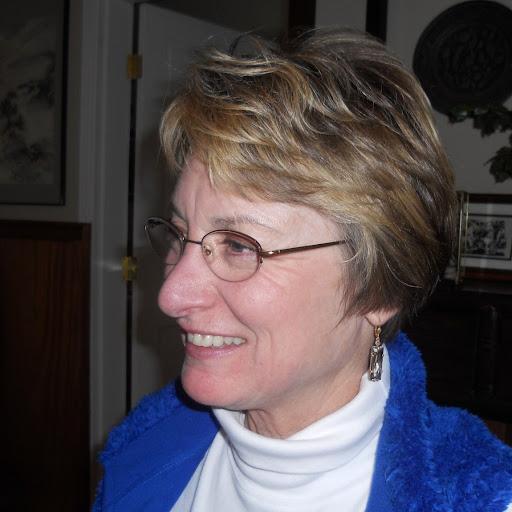 Julie Buchanan Photo 21
