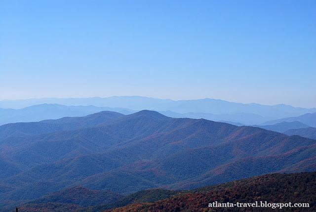 https://lh4.googleusercontent.com/-djB0O5w1meg/TpRdsOqTA9I/AAAAAAAAFX8/svxDXhkfZPo/s640/Smoky-Mountains-park-1.jpg