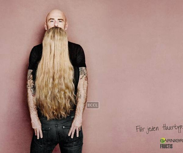 Garnier Fructis advertisement creates quite a visual illusion.