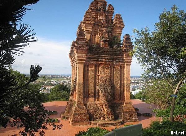 ảnh và thơ Tháp Nhạn - Phú Yên