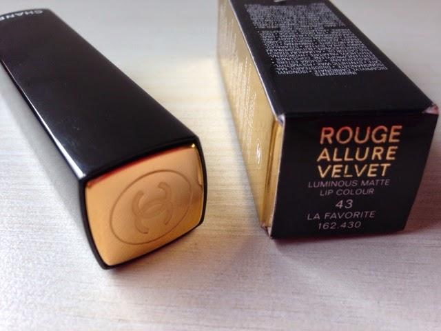 Chanel Rouge Allure Velvet (43) La Favorite