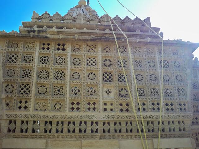 லொதுர்வா கோயில்
