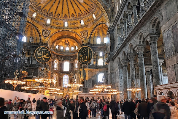 Hagia sophia is the second most visited museum in turkey after topkapi palace medallions and pendant chandeliers