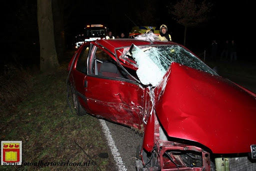 Automobilist gewond bij eenzijdig ongeval op de grens overloon venray 11-12-2012 (14).JPG