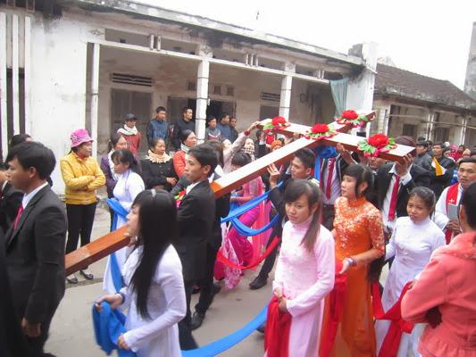 Ơn Toàn Xá cho những ai đón Thánh Giá Đại Hội Giới Trẻ tại giáo phận Phát Diệm
