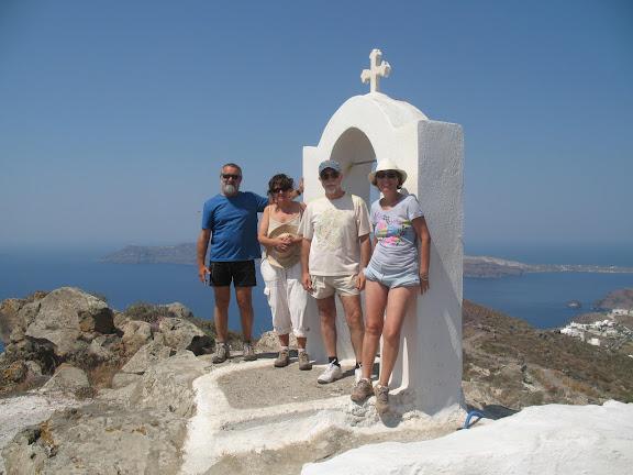 Ermita en los alrededores de Oia, Santorini