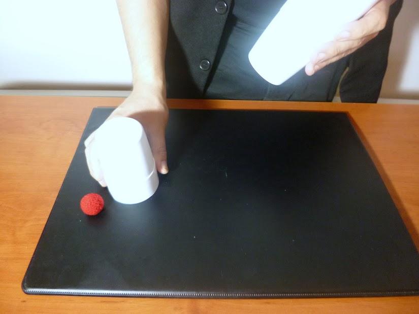 Enseñar cubiletes vacíos 4