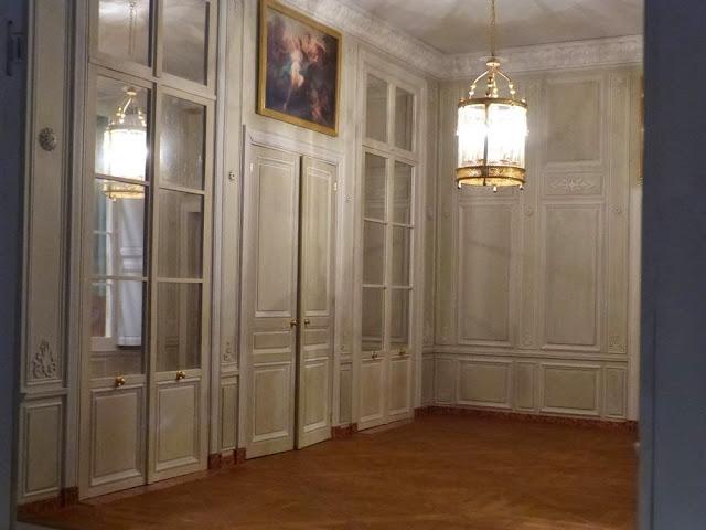 Dimensions du Petit Trianon - Page 2 P1050724