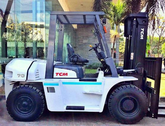 Xe nâng hàng 7 tấn Nhật Bản 0909648178