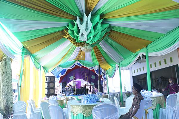 Tenda pernikahan modifikasi sentris