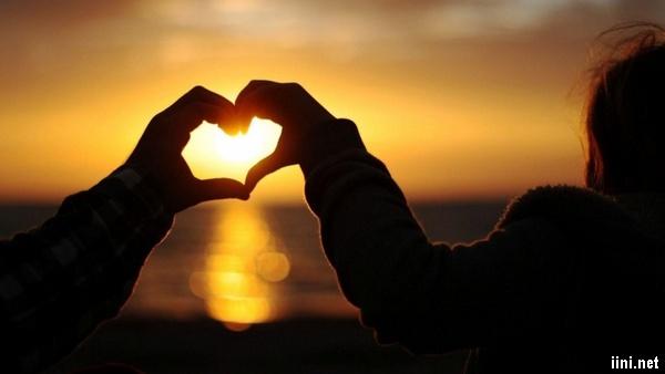 1001 ảnh Biển đẹp lãng mạn với đôi tình nhân (có thơ ngắn hay)