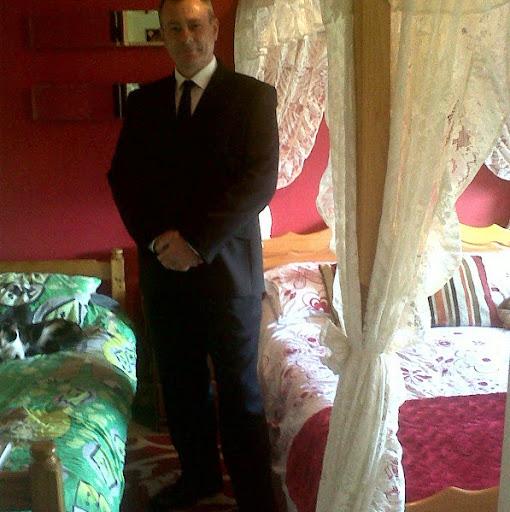 Tony Stuart