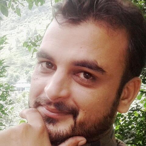 Qamar Khan Photo 23