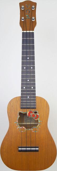 Vox uk33hk Hello kitty mahogany soprano Ukulele by headway guitars