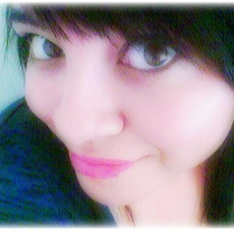 Dalia Meza Photo 14