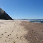 beach between Burwood rocks and Merewether baths (67059)
