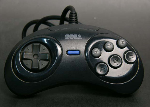 6B Pad do Mega Drive japonês. Na versão nacional, o Start era cinza.
