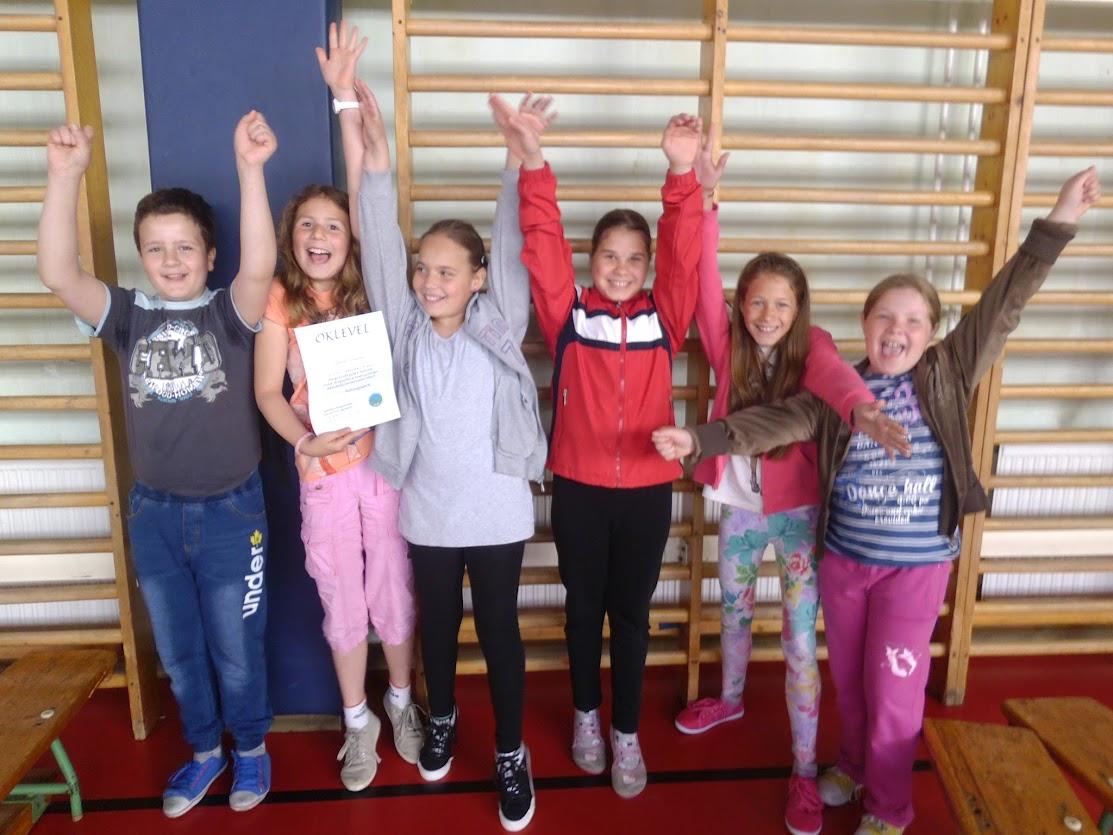 A győztes alsó tagozatosok az Erdei rókák csapata!