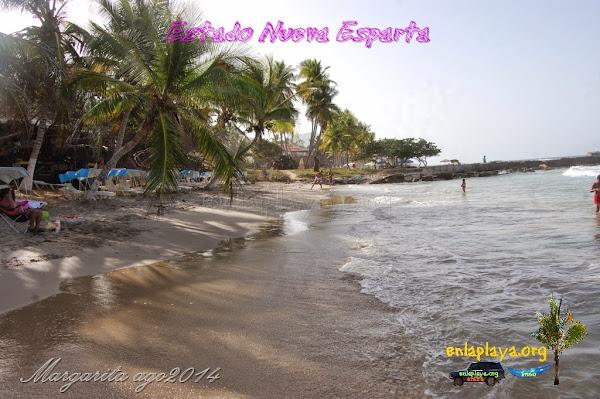 Playa Dolphin Beach (Guacuco) NE025, estado Nueva Esparta, Margarita