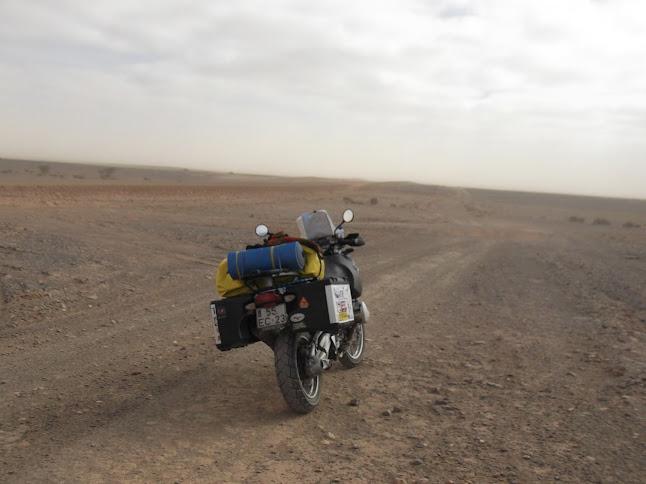 Marrocos e Mauritãnia a Queimar Pneu e Gasolina - Página 9 DSCF1075