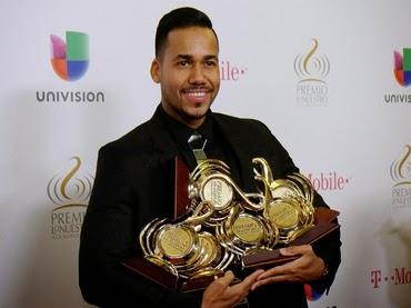 Enrique Iglesias Y Romeo Santos Triunfan En Premios Lo Nuestro