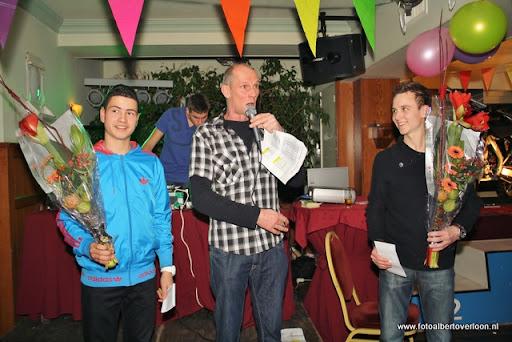 sinterklaas en feestavond msv overloon 02-12-2011 (92).JPG