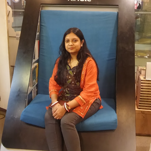 Haimanti Banerjee Photo 3