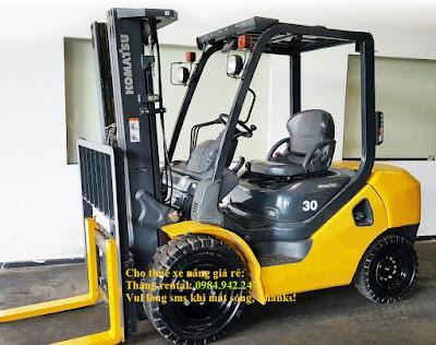 Xe nâng hàng Komatsu 3 tấn
