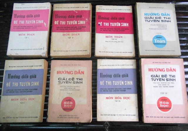 Sách giáo khoa tiểu học cũ - nơi lưu giữ từng trang ký ức DSCN2761