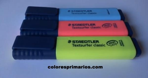 Los colores primarios explicados con marcadores fluorescentes Staedtler.