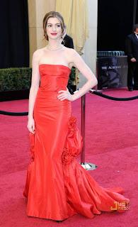 ANNE+HATHAWAY Oscar 2011!