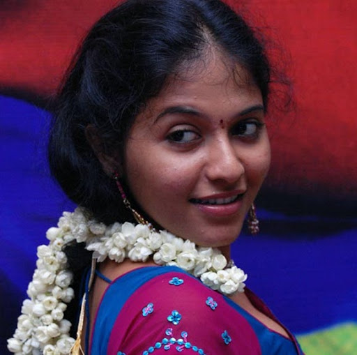 Akila Venkatesh Photo 4