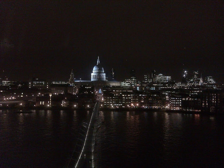 St Pauls City of London, R Catling 21 Dec 2011