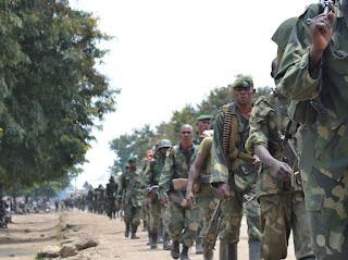 Des soldats des FARDC se retirent de Rutshuru au Nord-Kivu/ Photo Radio Okapi.