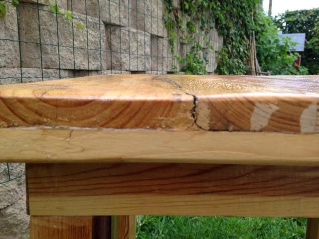 Reusando madera de pal s para hacer muebles y as evitar for Amaru en la puerta de un jardin