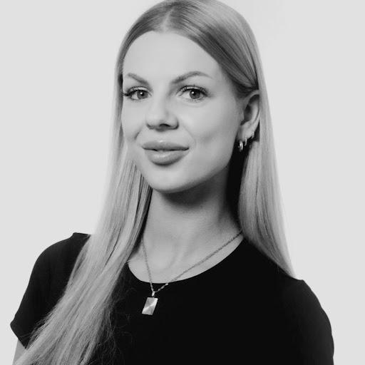 Kristina Ladecka Nude Photos 32