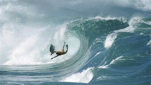 Wipeout, Oahu, Hawaii.jpg